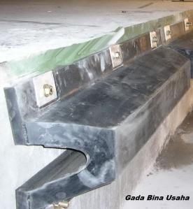 Rubber Dock Bumper type V